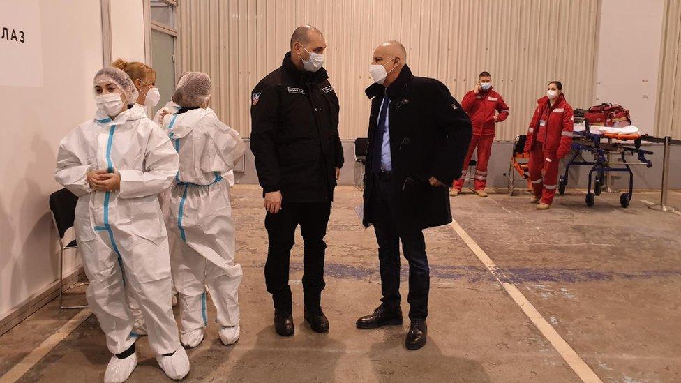 Korona virus: U Srbiji još 19 preminulih, podneta dokumenta za registraciju vakcine Sputnjik u EU
