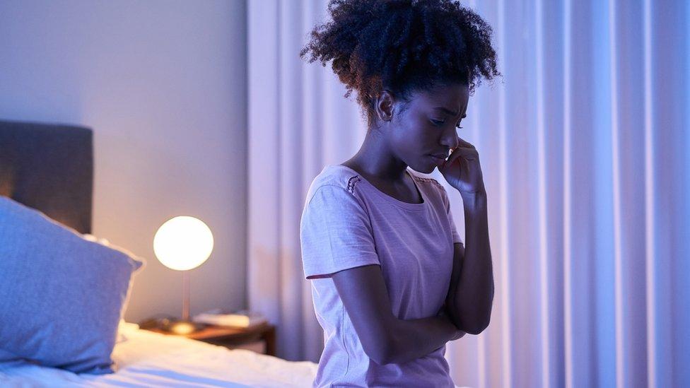 """Korona virus i mentalno zdravlje: Da li i vi patite od """"koronesanice"""" i šta možete da uradite"""
