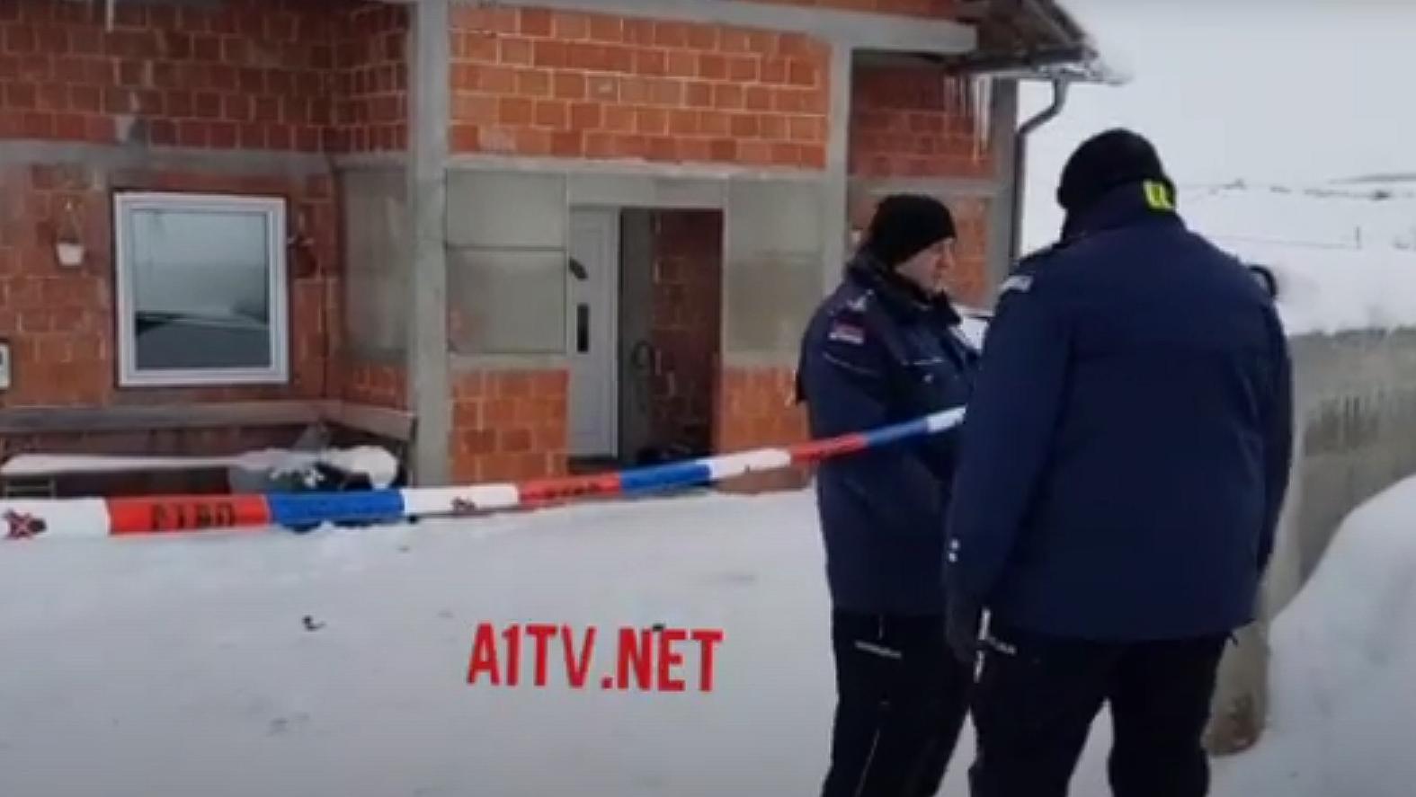 Policija traga za osumnjičenim za trostruko ubistvo u Sjenici (Video)