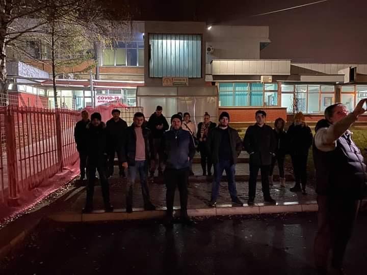 Paučinac: Zima nas neće oterati sa protesta