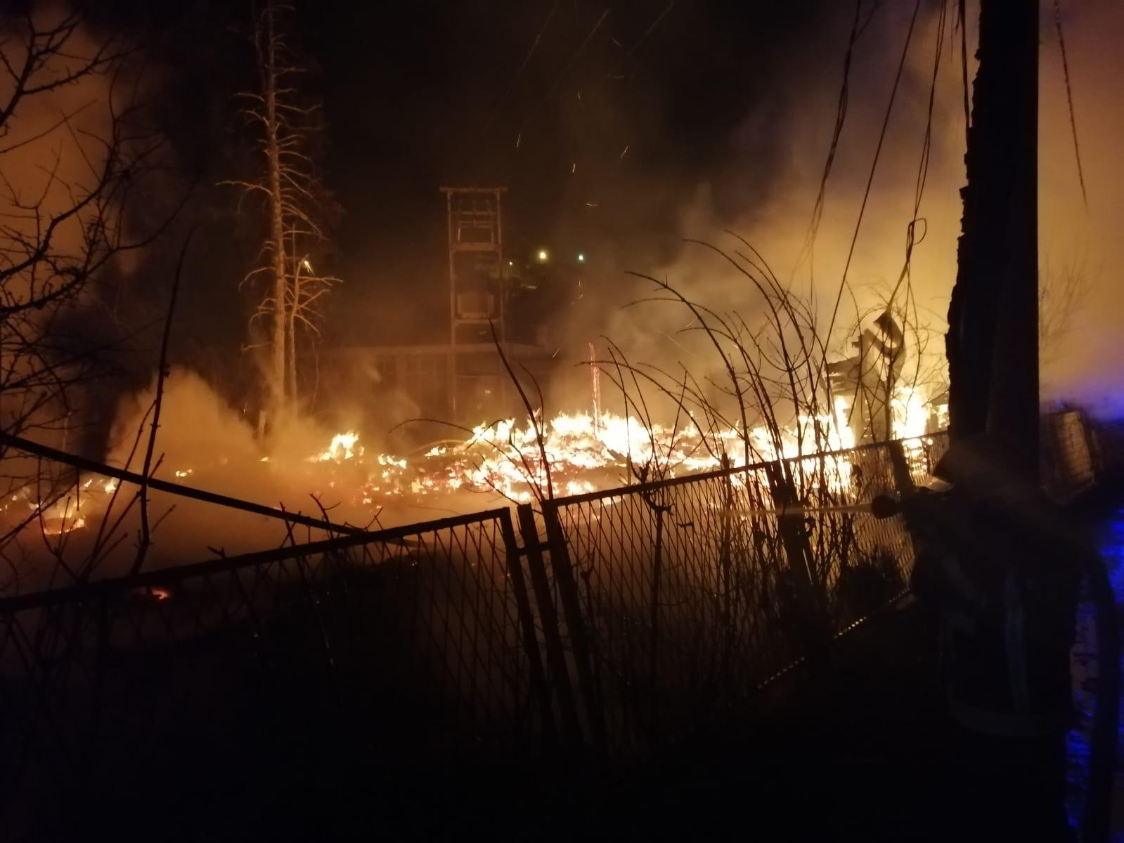 Požar u Novom Pazaru (uživo)