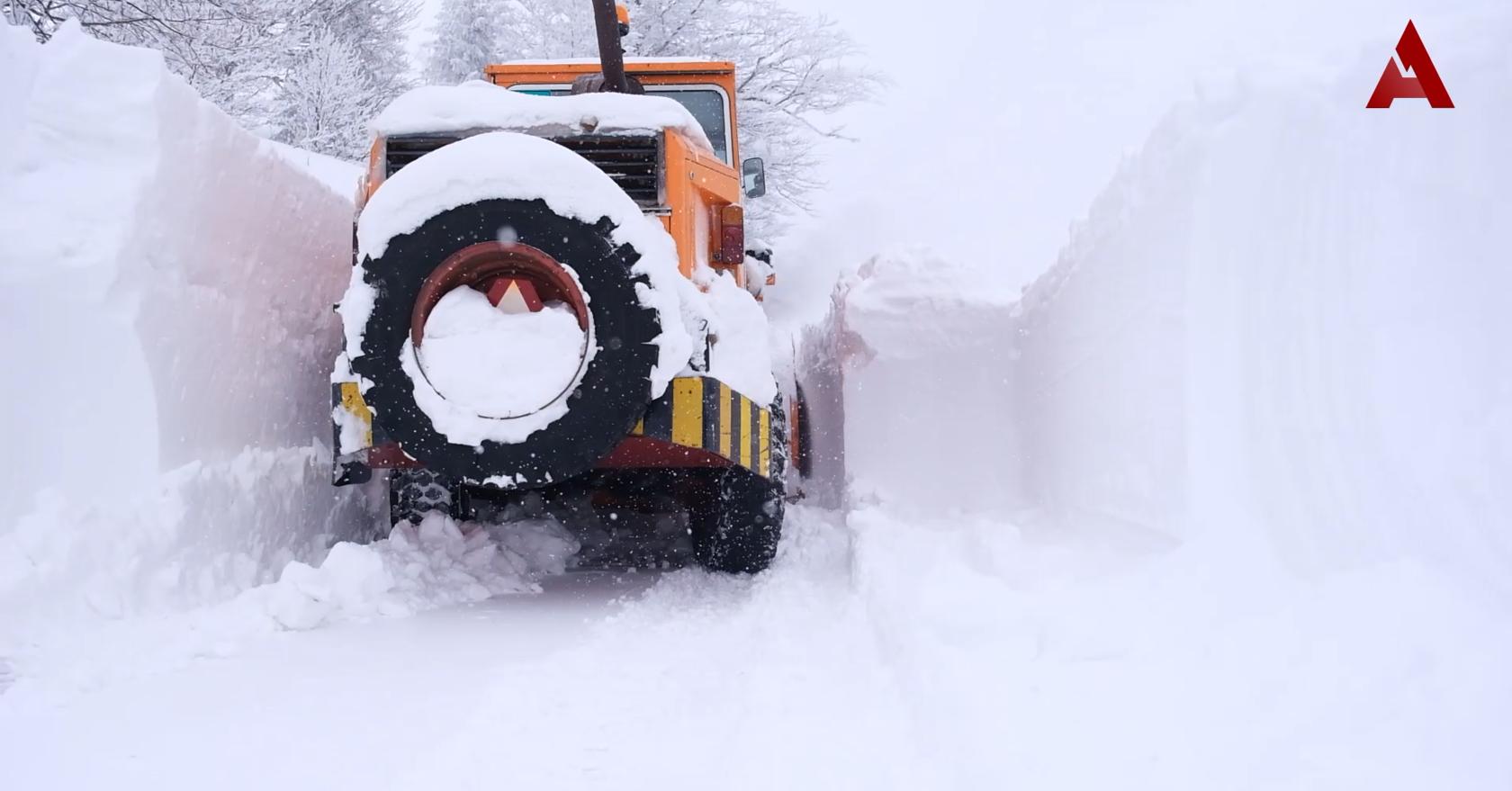 Put prema Goliji zavejan snegom