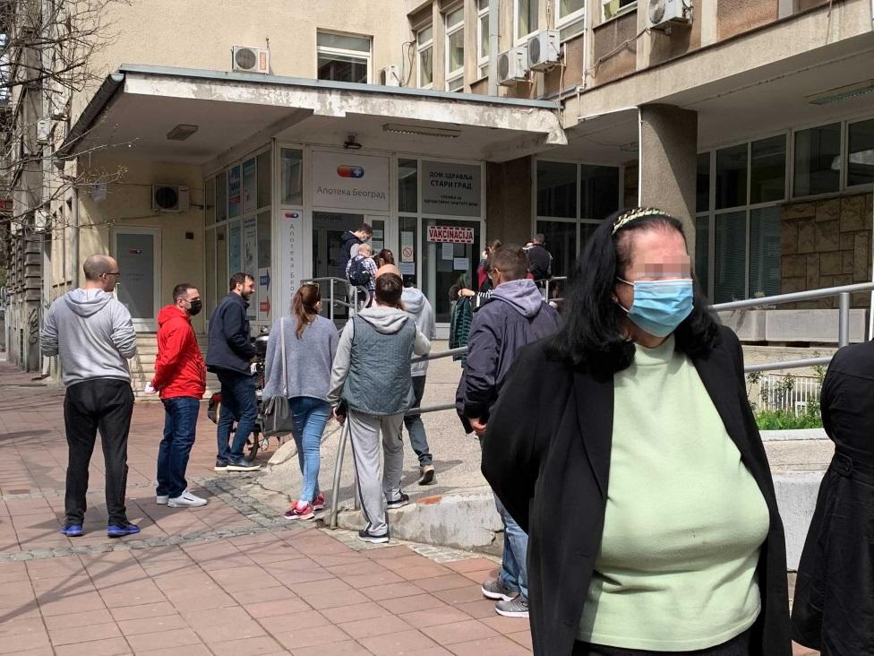 Korona virus: U Srbiji Krizni štab ublažio mere, u Severnoj Makedoniji najgori dan od početka pandemije
