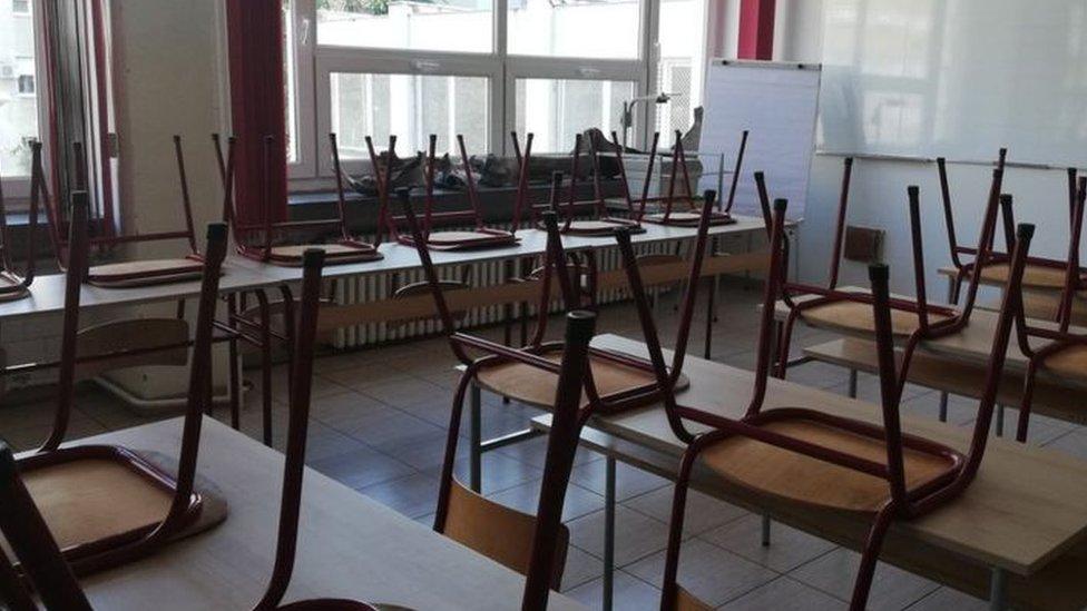 Korona virus: U Srbiji preminulo još 39 ljudi, Angela Merkel vakcinisana AstraZenekom
