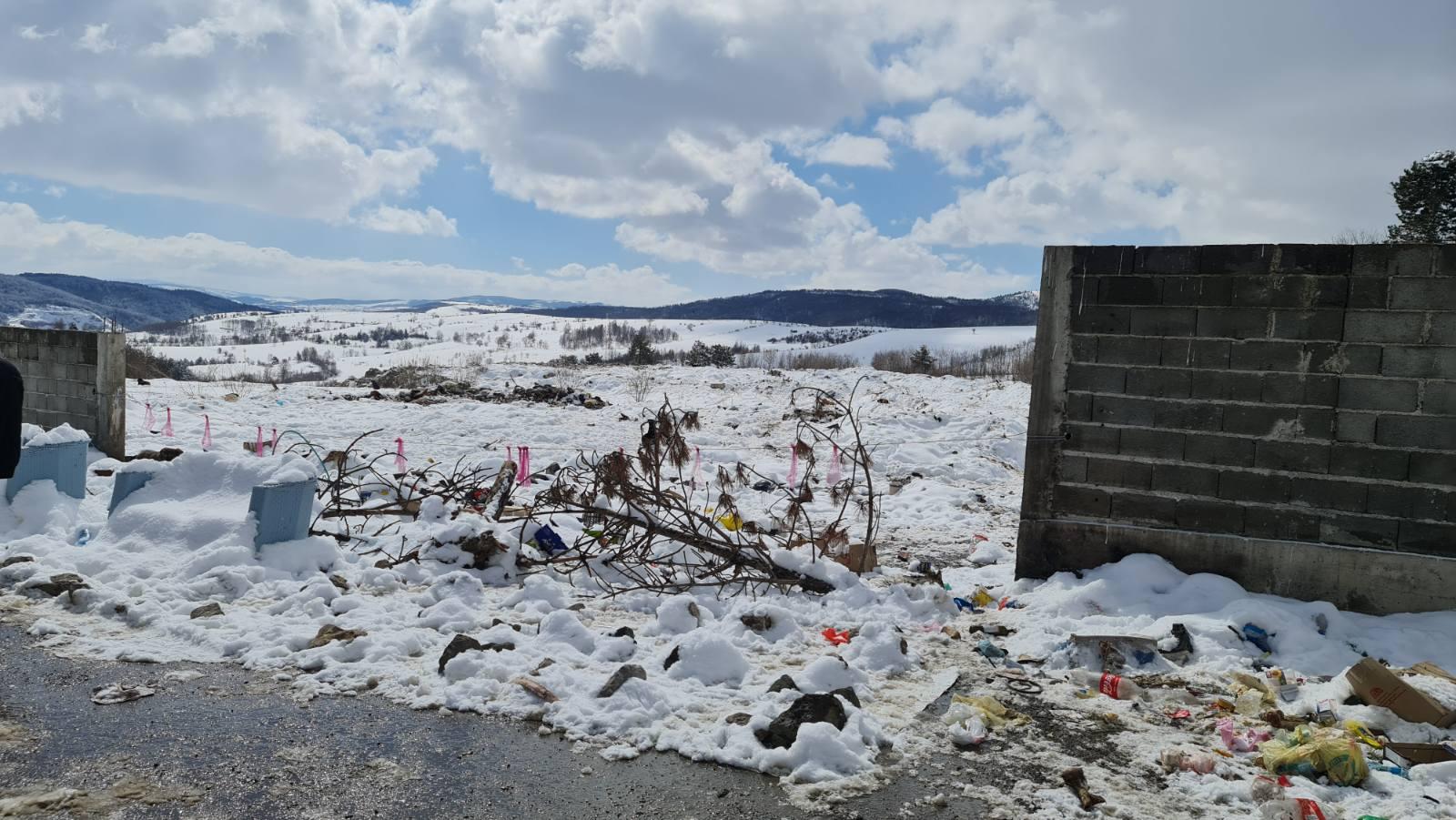 Odblokirana deponija Goveđak kod Sjenice (video)