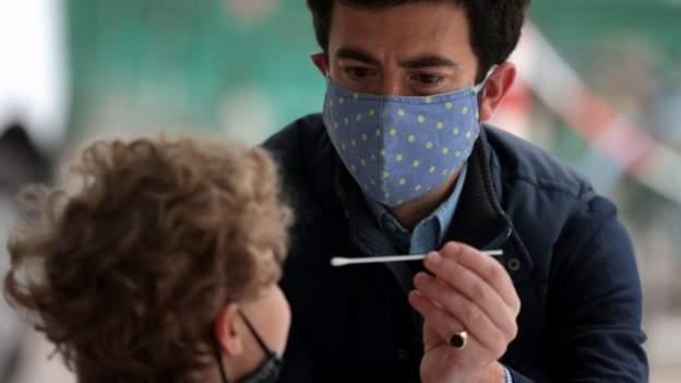 Korona virus: Opada broj zaraženih u Srbiji, putnicima iz Velike Britanije zabranjen ulazak u Nemačku