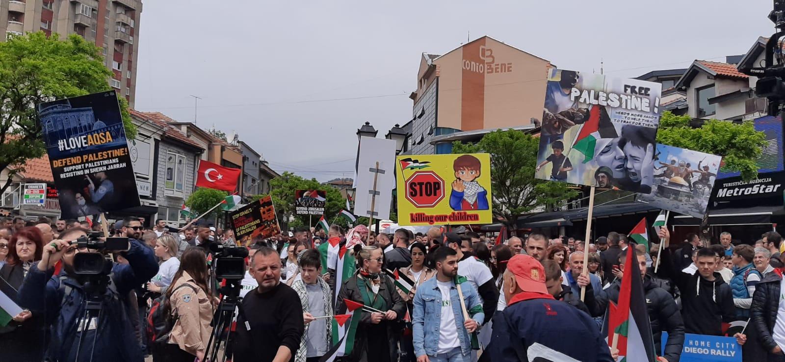 Novopazarci pružali podršku Palestincima (video)