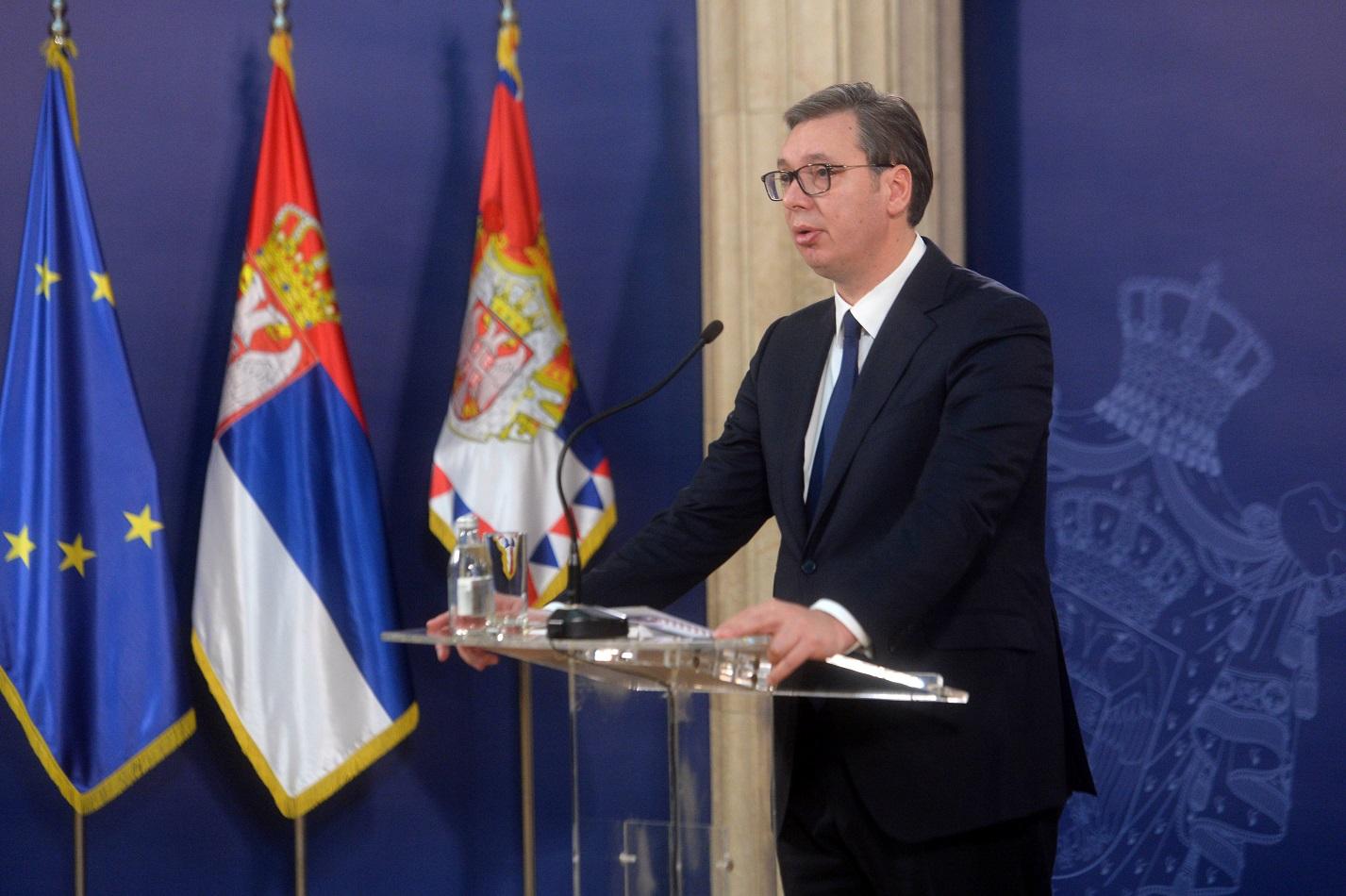 Vučić u Prijepolju obećao pomoć opštini