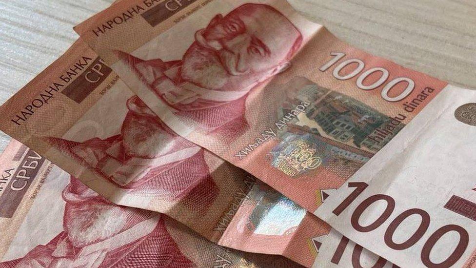 Korona virus, budžet i finansije u Srbiji: Počinje prijava za tri hiljade dinara za sve koji su primili vakcinu