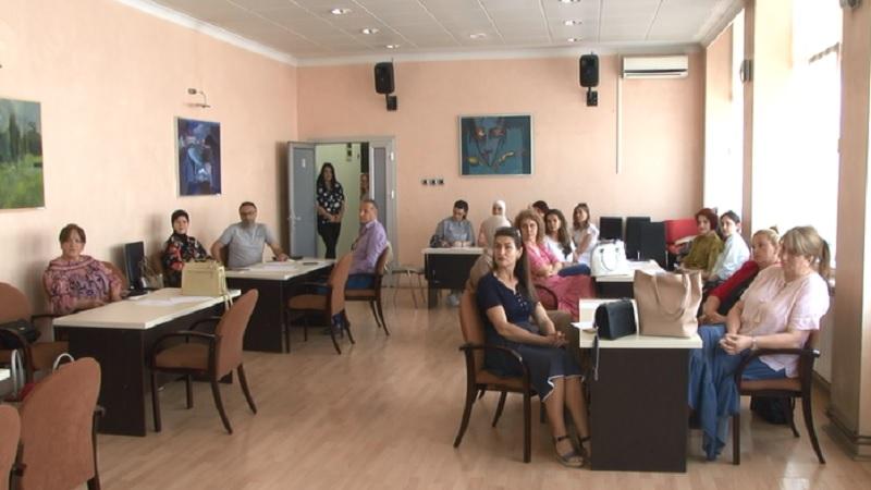 """U Novom Pazaru se održava dvodnevni seminar """"Praktični pristupi deci sa teškoćama u razvoju"""""""