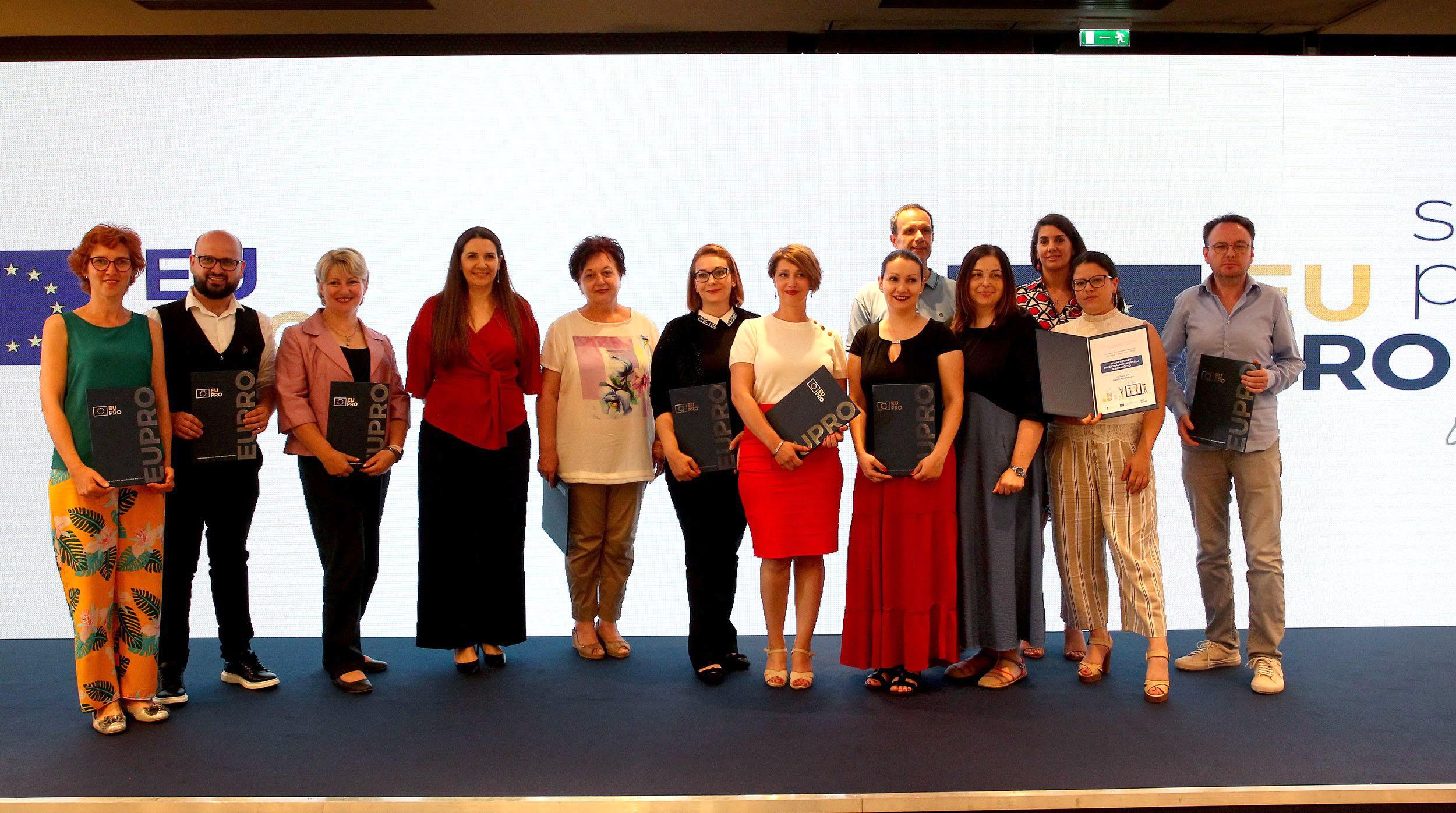 Nagrađeni najbolji novinari iz Novog Pazara na konkursu EU PRO (video)