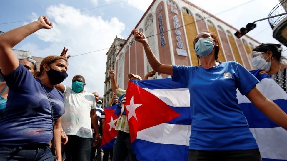 Government supporters rally in Havana, Cuba. Photo: 11 July 2021