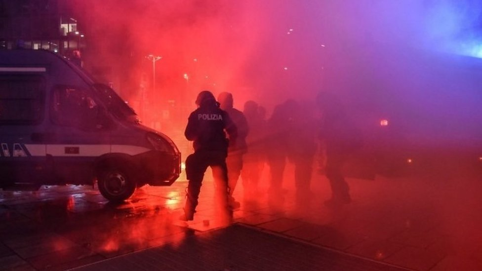 Korona virus: U Srbiji korona odnela još 32 života, u Sloveniji i za točenje goriva potreban dokaz protiv kovida