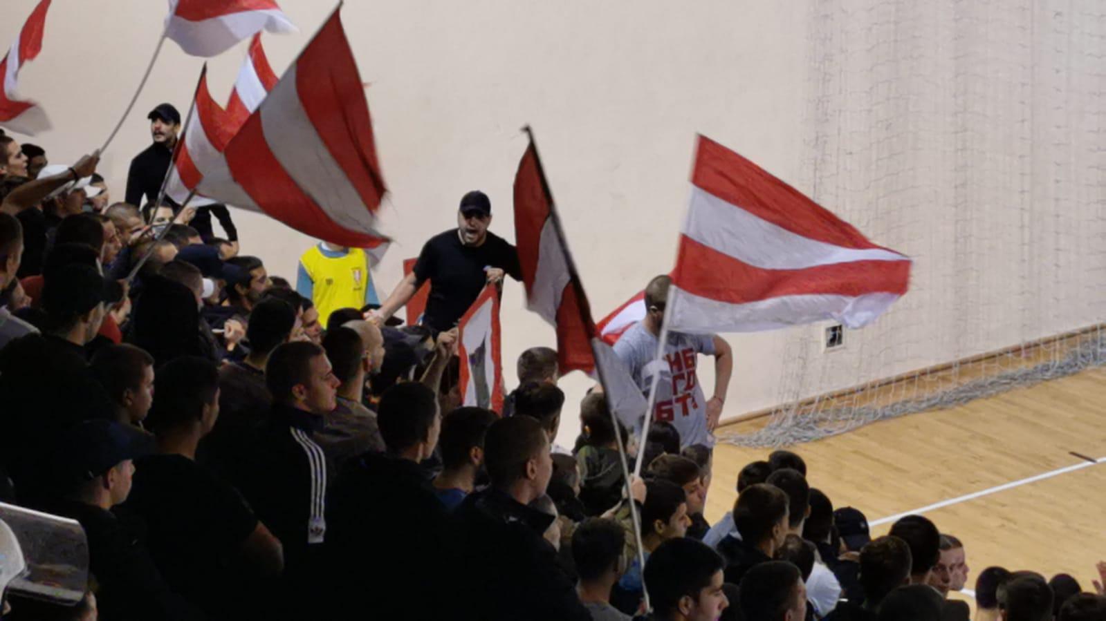 Zvezdini navijači vređali Novopazarce na nacionalnoj osnovi (video)